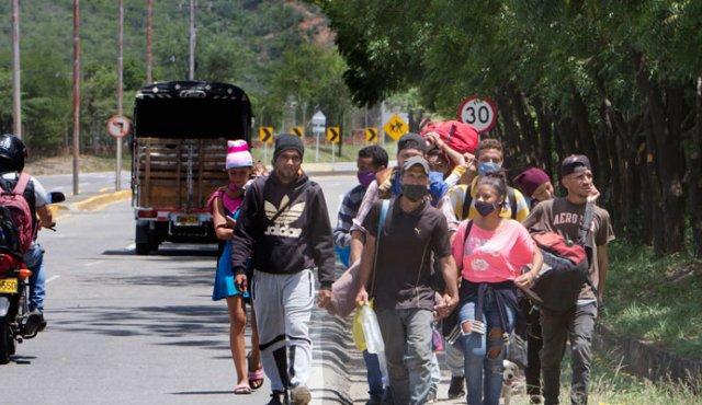 Venezuela un estado fallido ? - Página 19 Migrantes-25